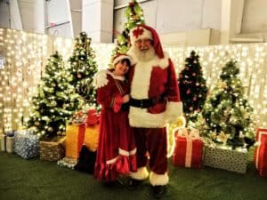 Mr & Mrs Santa C - Vancouver BC